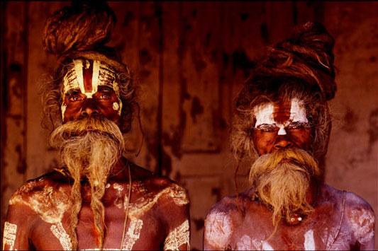 20-Vaishnava-Sadhu-Brothers