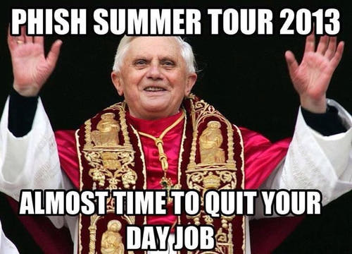 pope-resigns-meme