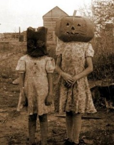 hauntedhouse-kidscreepy-vintage-236x300