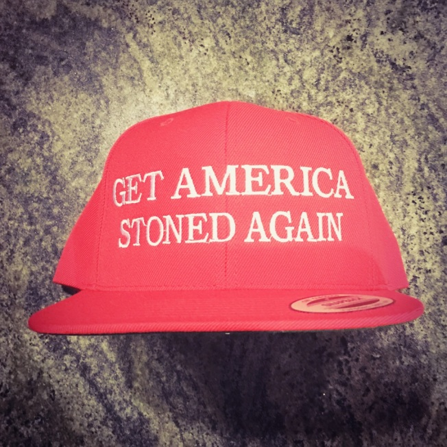 get_america_stoned_again__red_snapback