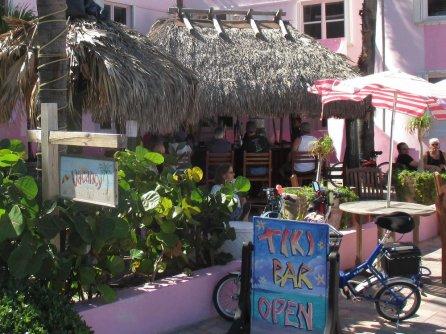 walkabout-tiki-bar-exterior